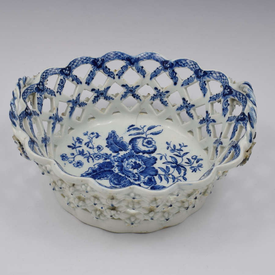 Lowestoft Porcelain Chestnut Basket Pine Cone Pattern