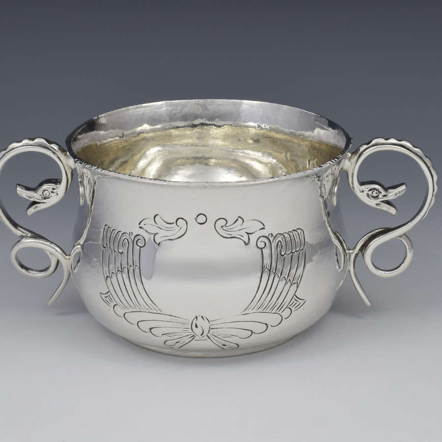 George V Planished Silver Porringer D&J Welby