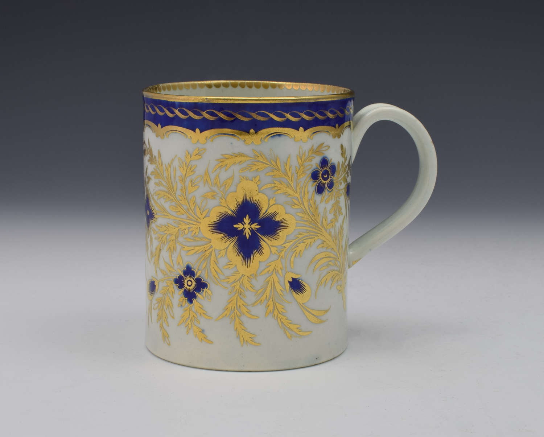 First Period Worcester Porcelain Mug  c.1785