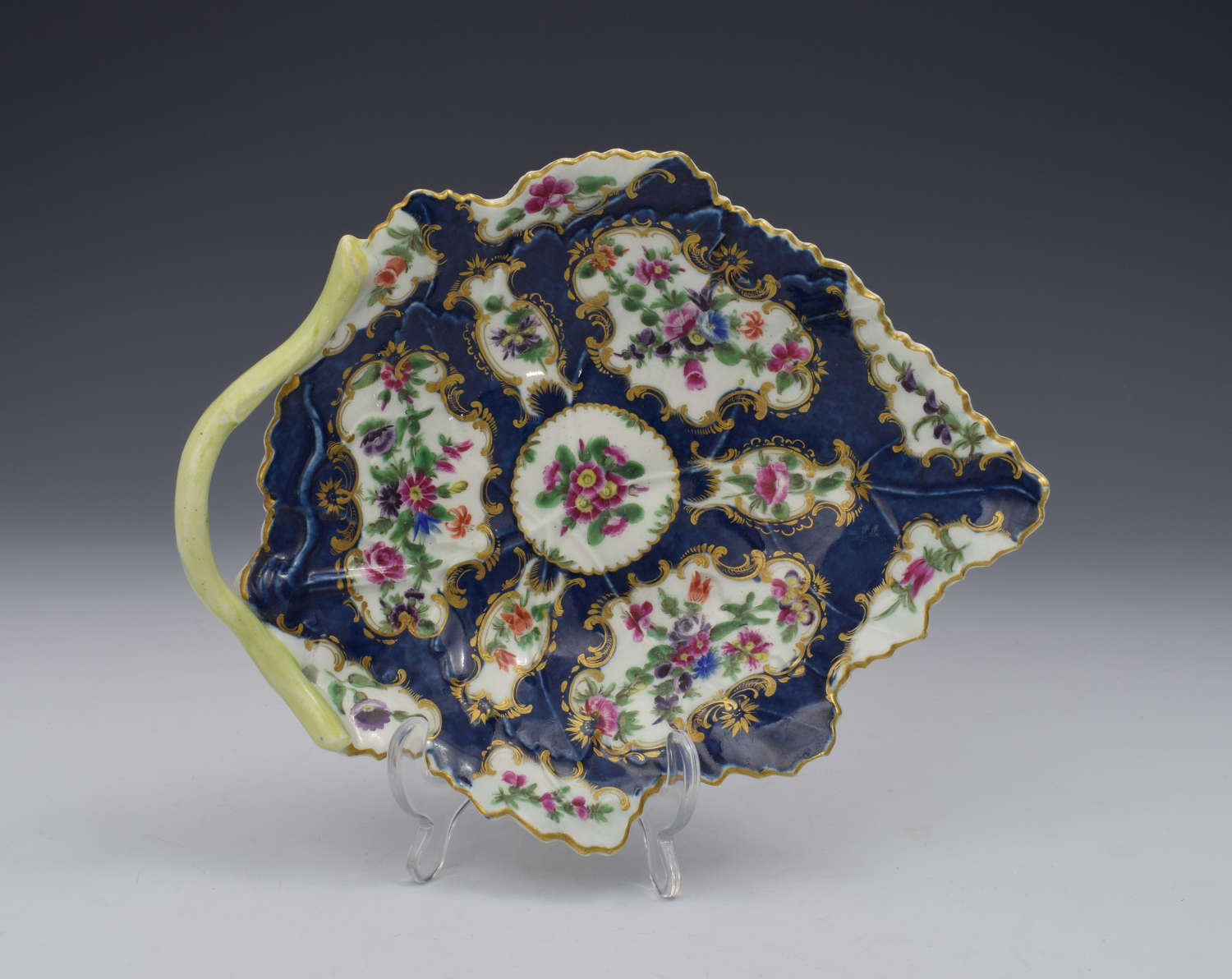 First Period Worcester Porcelain Scale Blue Leaf Dish c.1770