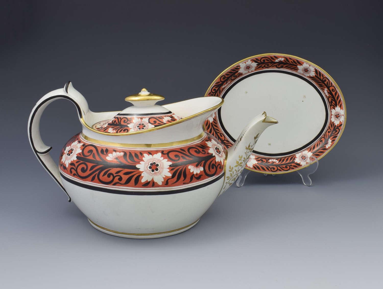 Regency Miles Mason Low Oval Porcelain Teapot & Stand, c.1810