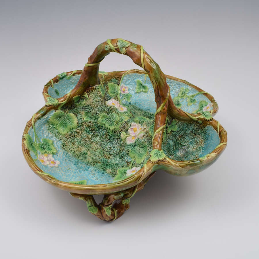 Victorian George Jones Large Majolica Strawberry Server Basket
