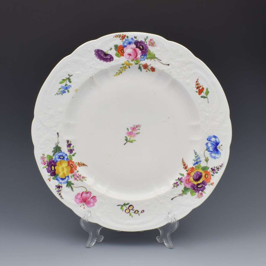 Large Georgian Coalport Blind Moulded Floral Plate c.1815