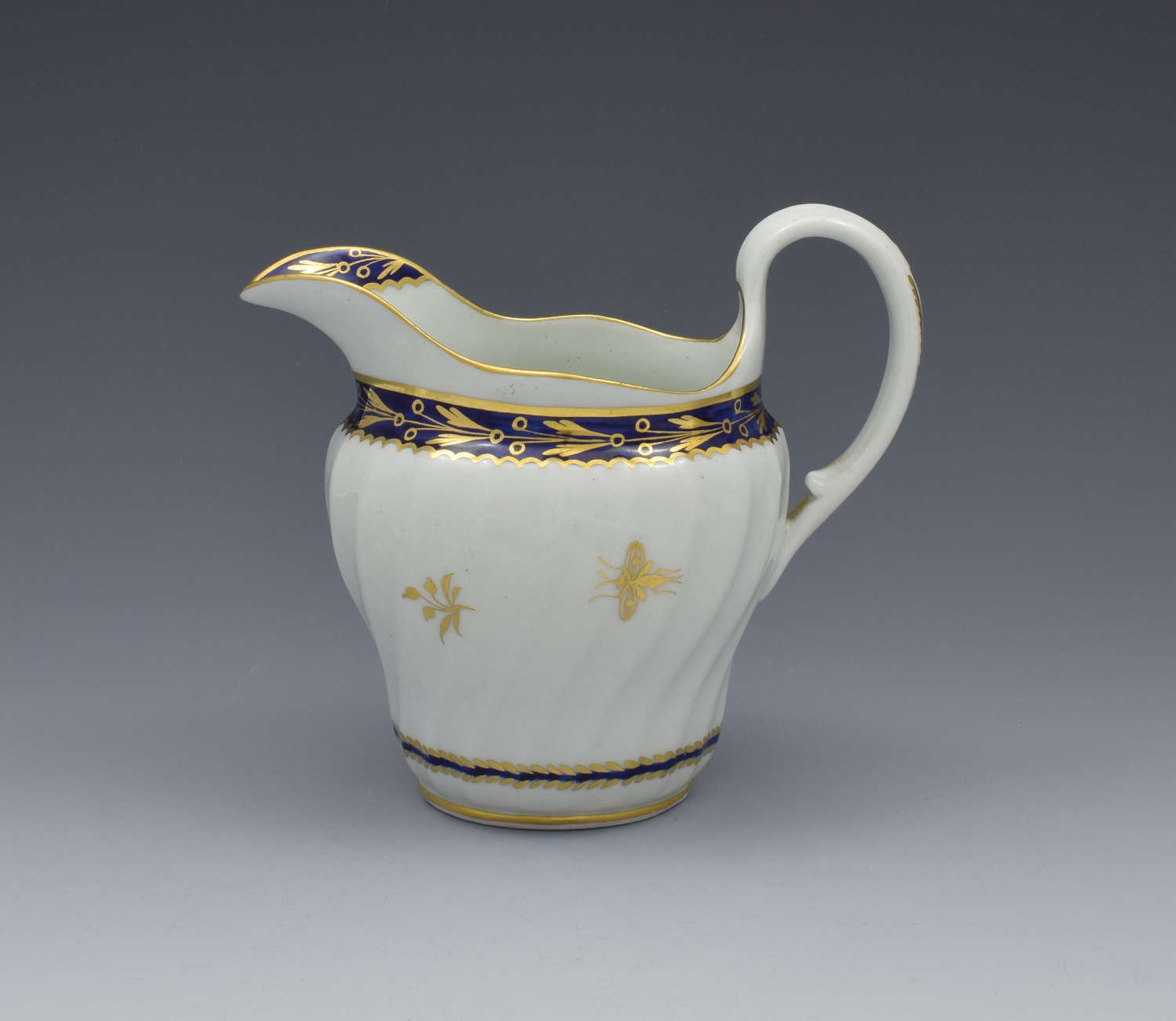 Flight Period Worcester Porcelain Waisted Cream Jug Gilded Fly Pattern