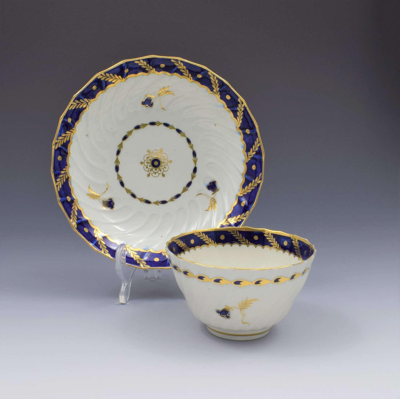 Flight Period Worcester Porcelain Spiral Fluted Tea Bowl & Saucer