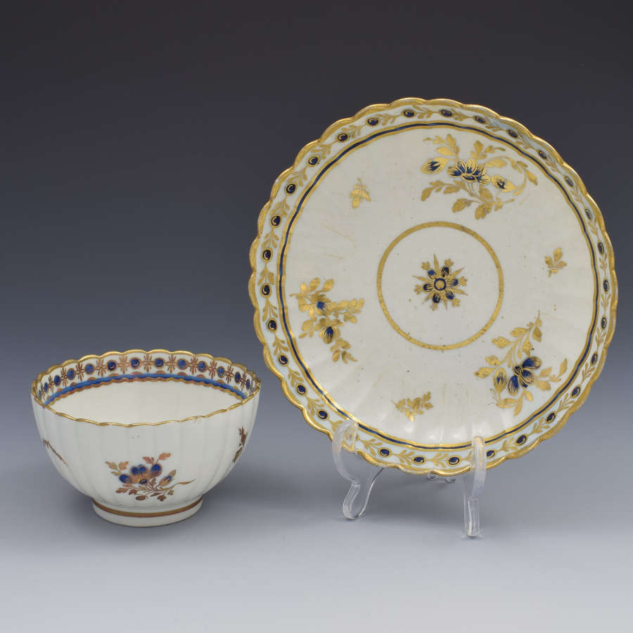 Caughley Porcelain Fluted Tea Bowl & Saucer Dresden Flowers c.1785