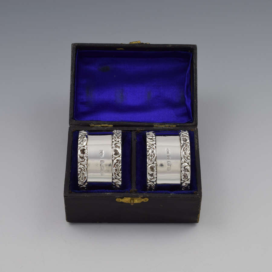 Cased Pair George V Silver Napkin Rings 1912