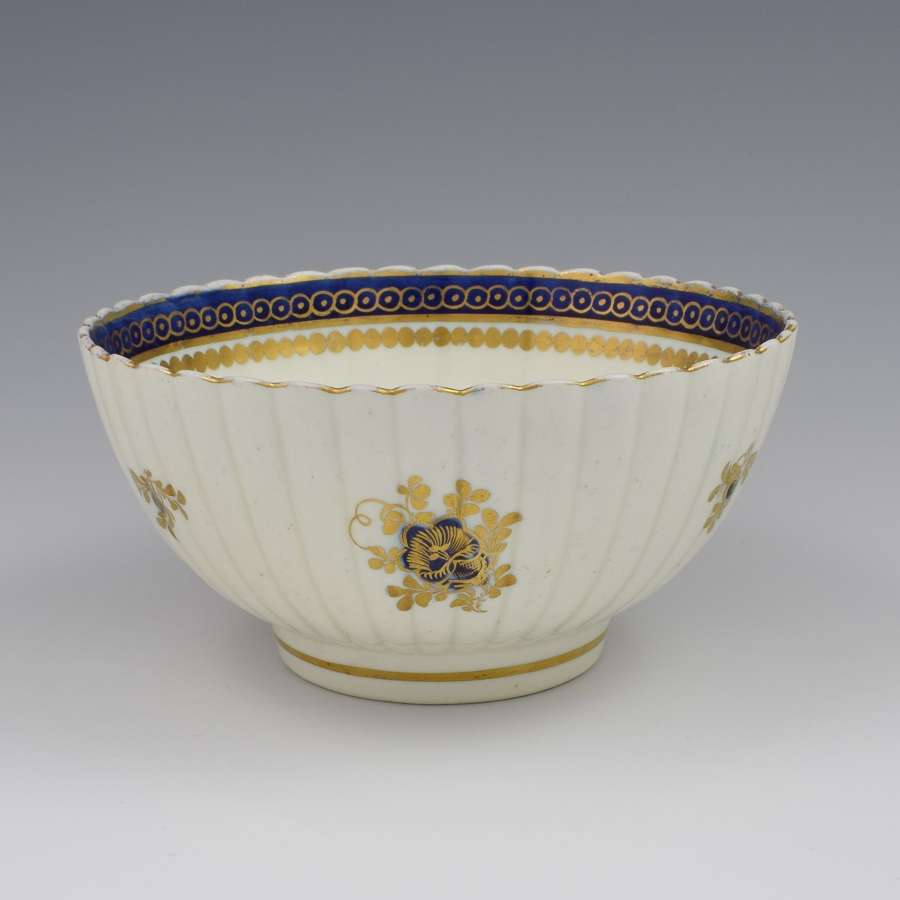 Caughley Porcelain Fluted Slop Bowl Dresden Flowers c.1785