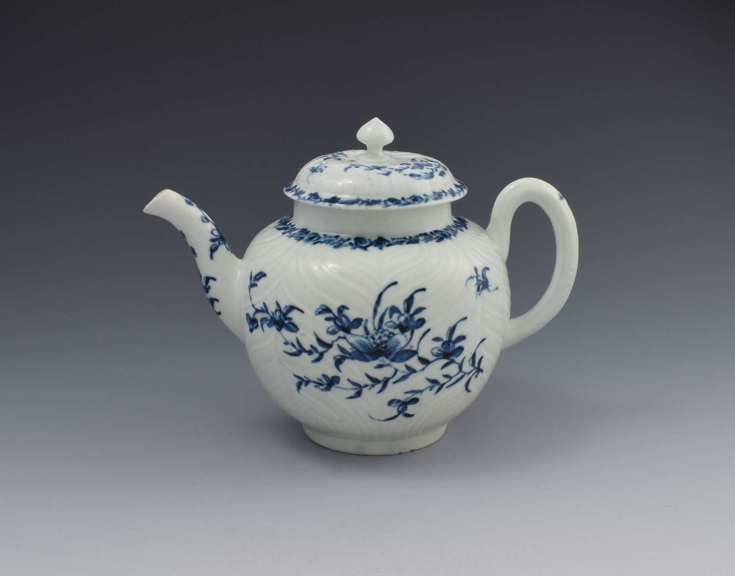 First Period Worcester Porcelain Feather Moulded Teapot