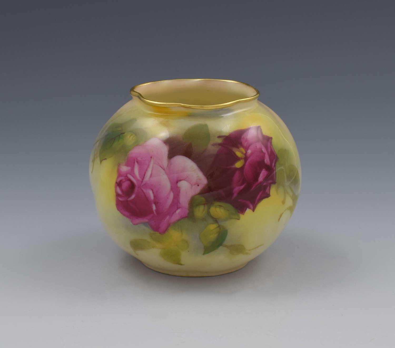 Royal Worcester Rose Painted Vase By Millie Hunt 1925 G161