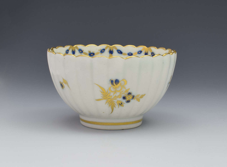 Caughley Porcelain Blue & Gilt Fluted Tea Bowl Dresden Flowers C.1785