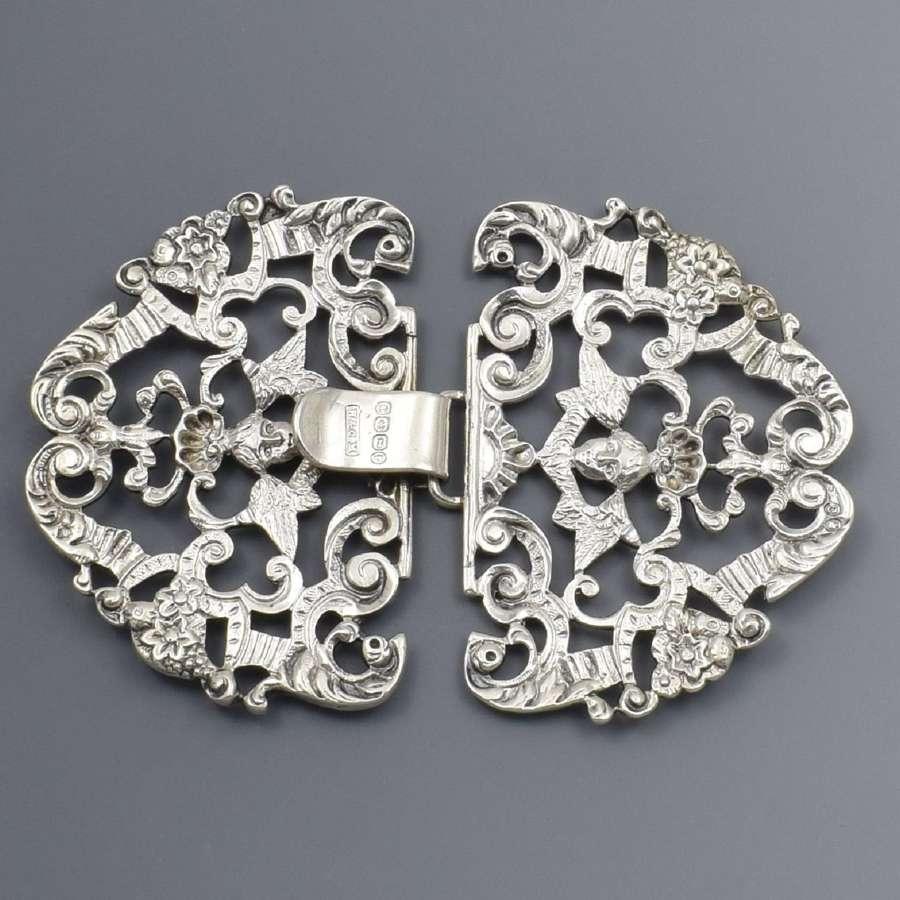 Ornate Victorian Silver Nurse's Buckle Angels W & C Manton