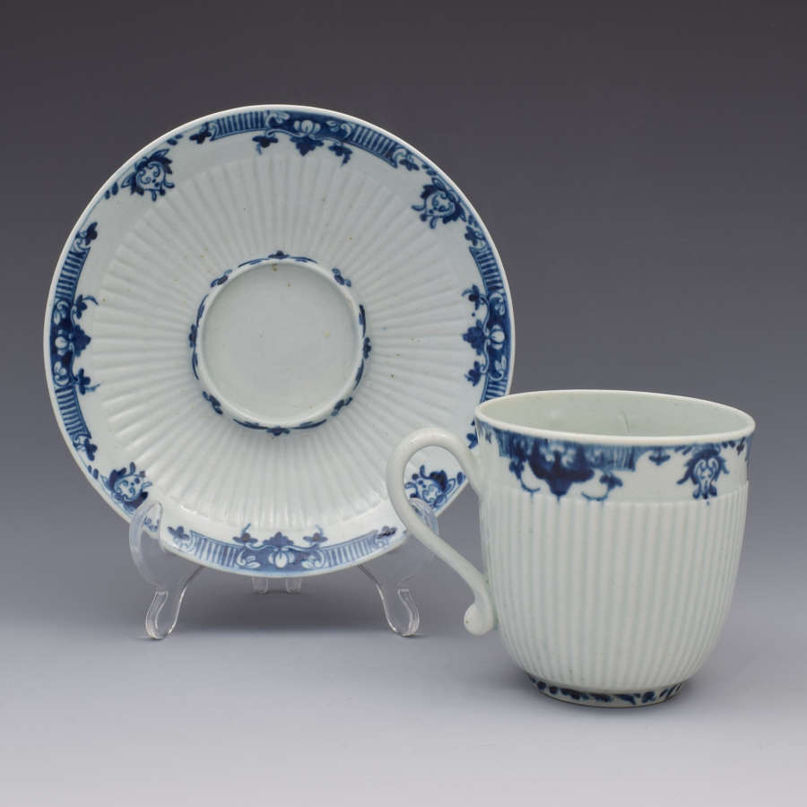 First Period Worcester Trembleuse Cup & Saucer Lambrequin Border