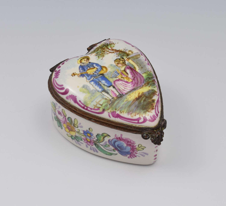 Pretty French Lille Enamel Heart Shape Trinket Jewellery Box