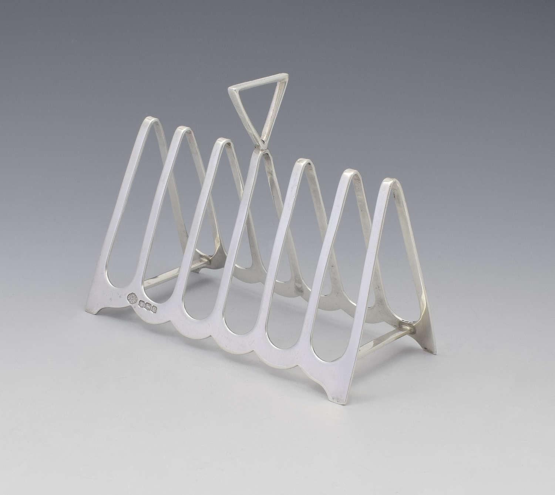 Art Deco Silver Triangular 6 Slice Toast Rack William Hutton