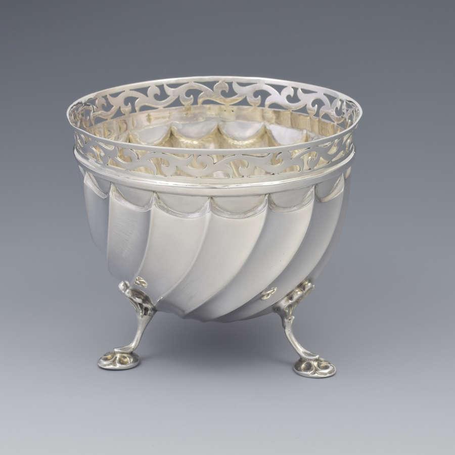 Pretty Edwardian Silver Wrythen Sugar Bowl