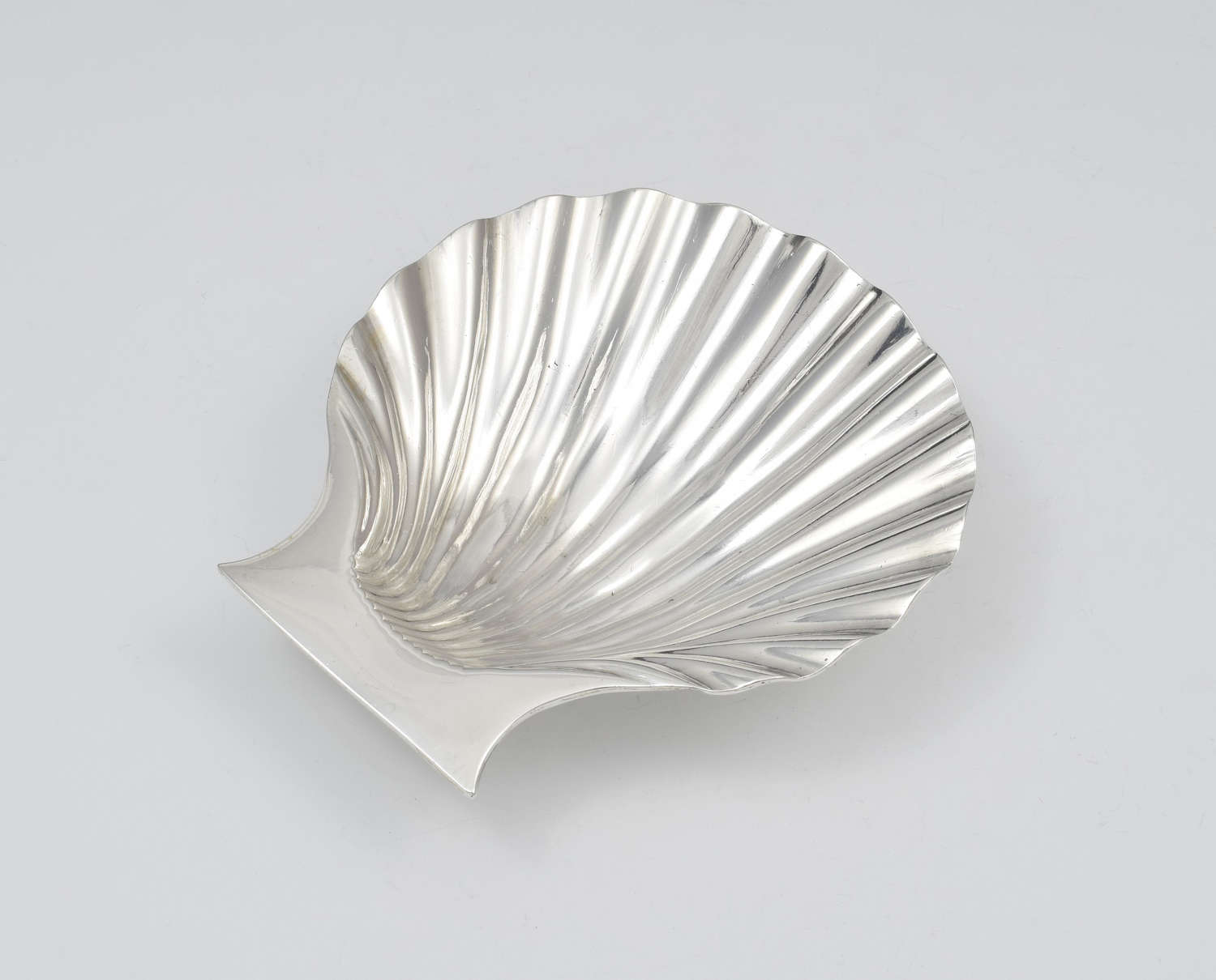 George II Silver Scallop Shell Butter Dish Peter Archambo I