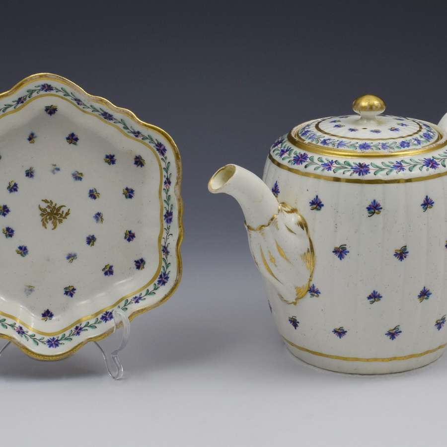 Caughley Barrel Fluted Teapot & Stand French Sprig Pattern C.1785