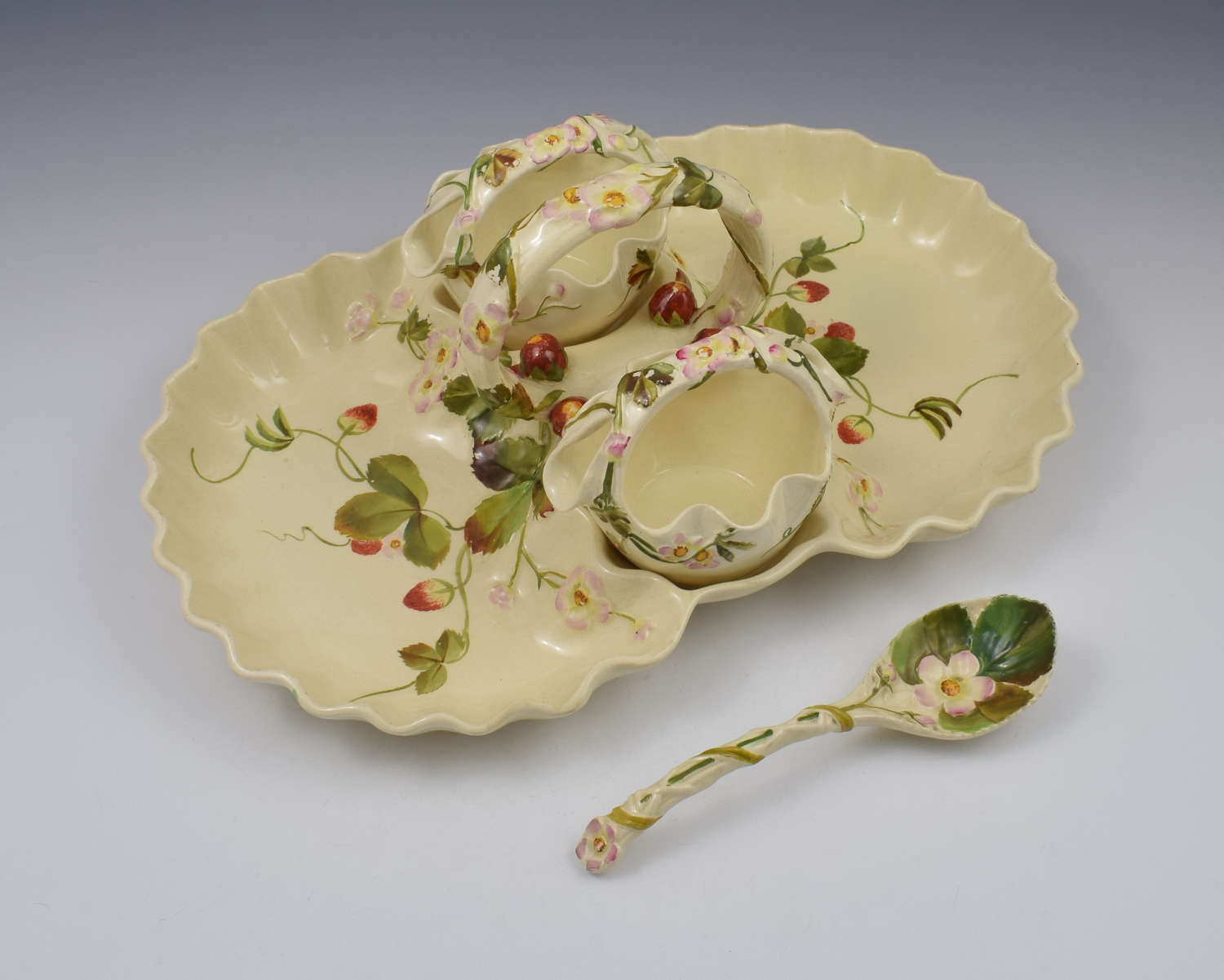 Victorian George Jones 4 Piece Strawberry Server Set