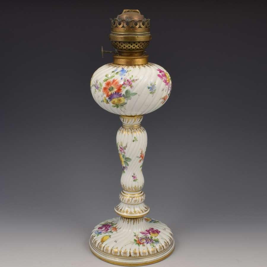 19th Century Large Dresden Carl Thieme Porcelain Oil Lamp Potschappel