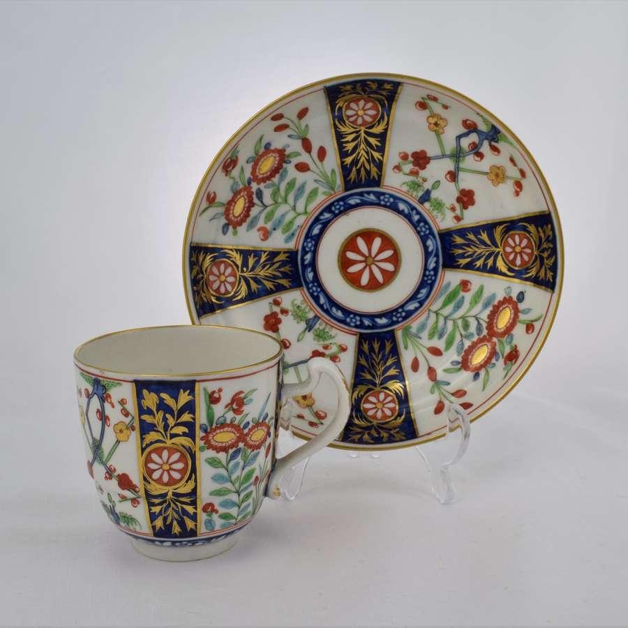 Flight Period Worcester Waisted Cup & Saucer Queen's Pattern