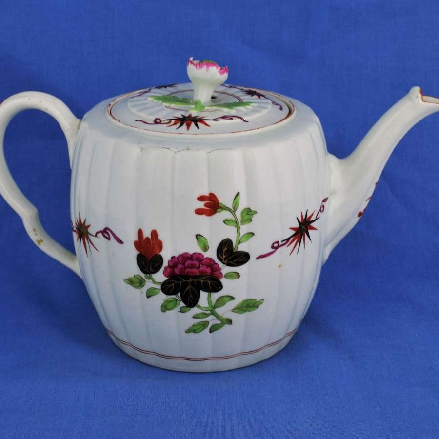 First Period Worcester Porcelain Thunder & Lightening / Flash Teapot