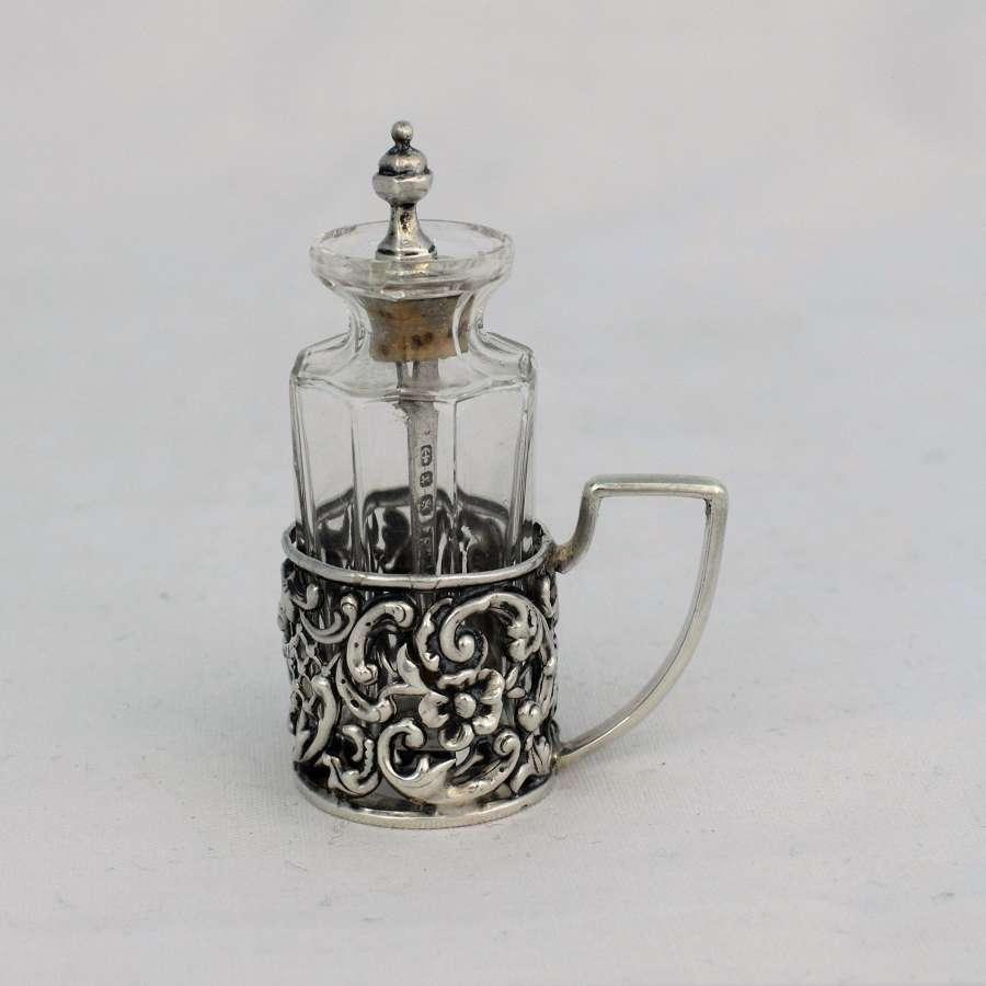 Victorian Cayenne Pepper Spoon & Jar Levi & Salaman