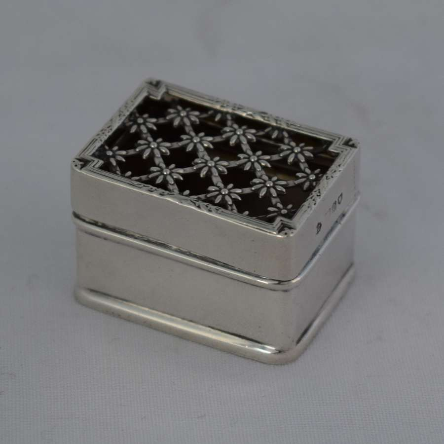 Edwardian Silver Pomander Box William Comyns 1909 Table Vinaigrette