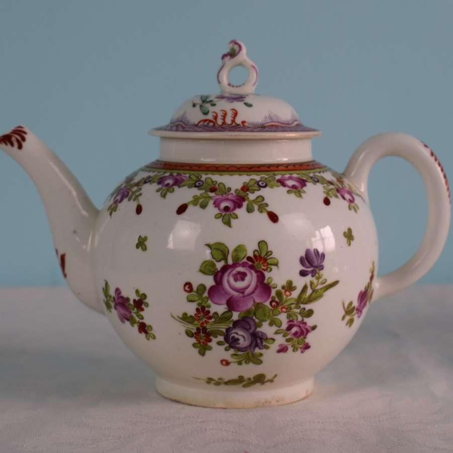 Lowestoft Porcelain Teapot 18th Century Matched Cover c.1770