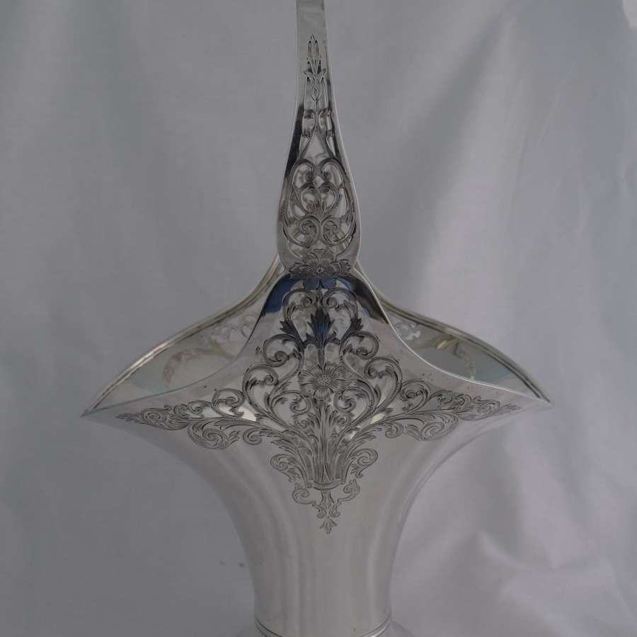 Large Gorham Sterling Silver Flower Bride's Basket Art Nouveau 1915