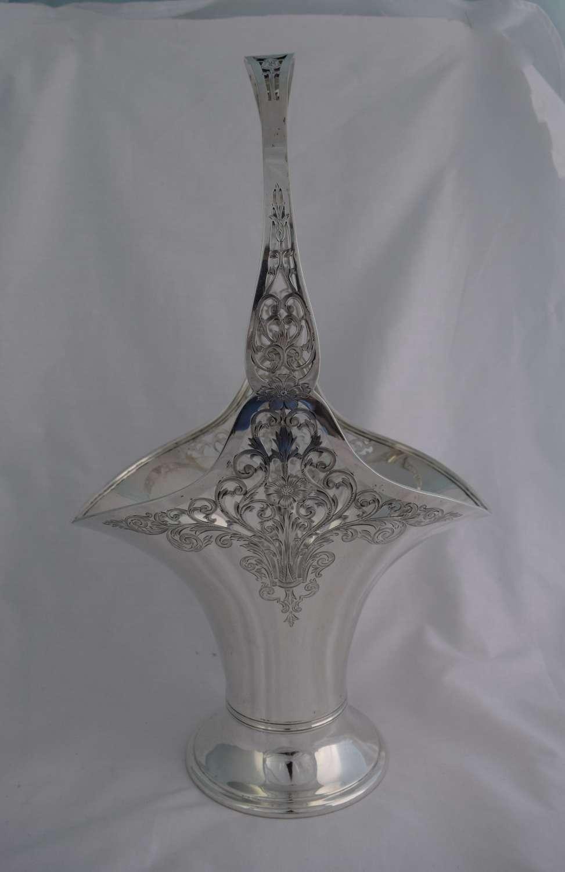 Large Gorham Sterling Silver Flower Bride's Basket Art Nouveau 1915