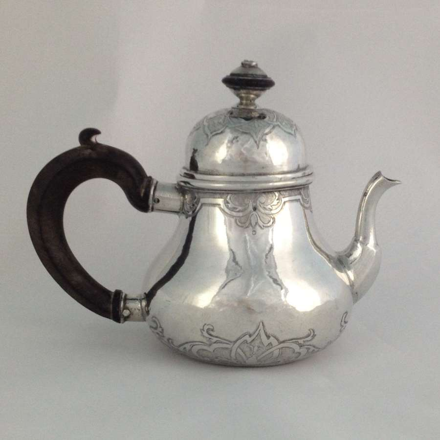Rare 18thC Small German Silver Pear Shape Teapot C.1720s Hamburg