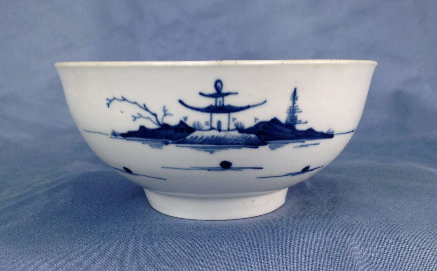 First Period Worcester Porcelain Cannonball Slop Bowl