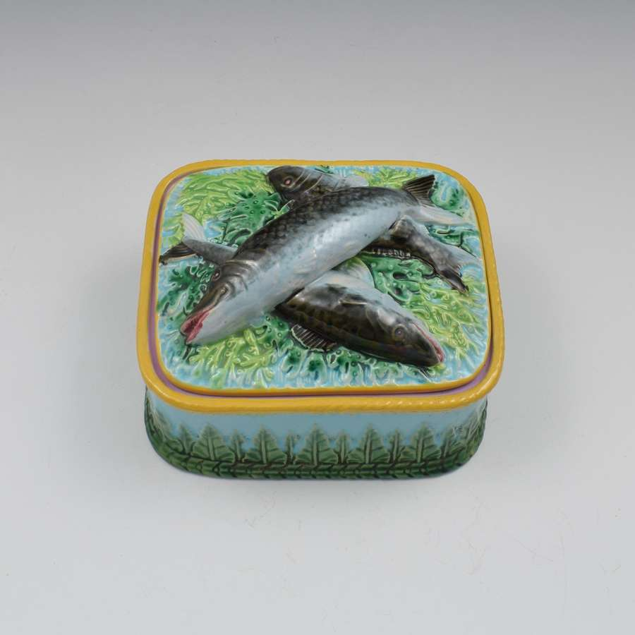 Victorian George Jones Majolica Sardine Box Turquoise Ground