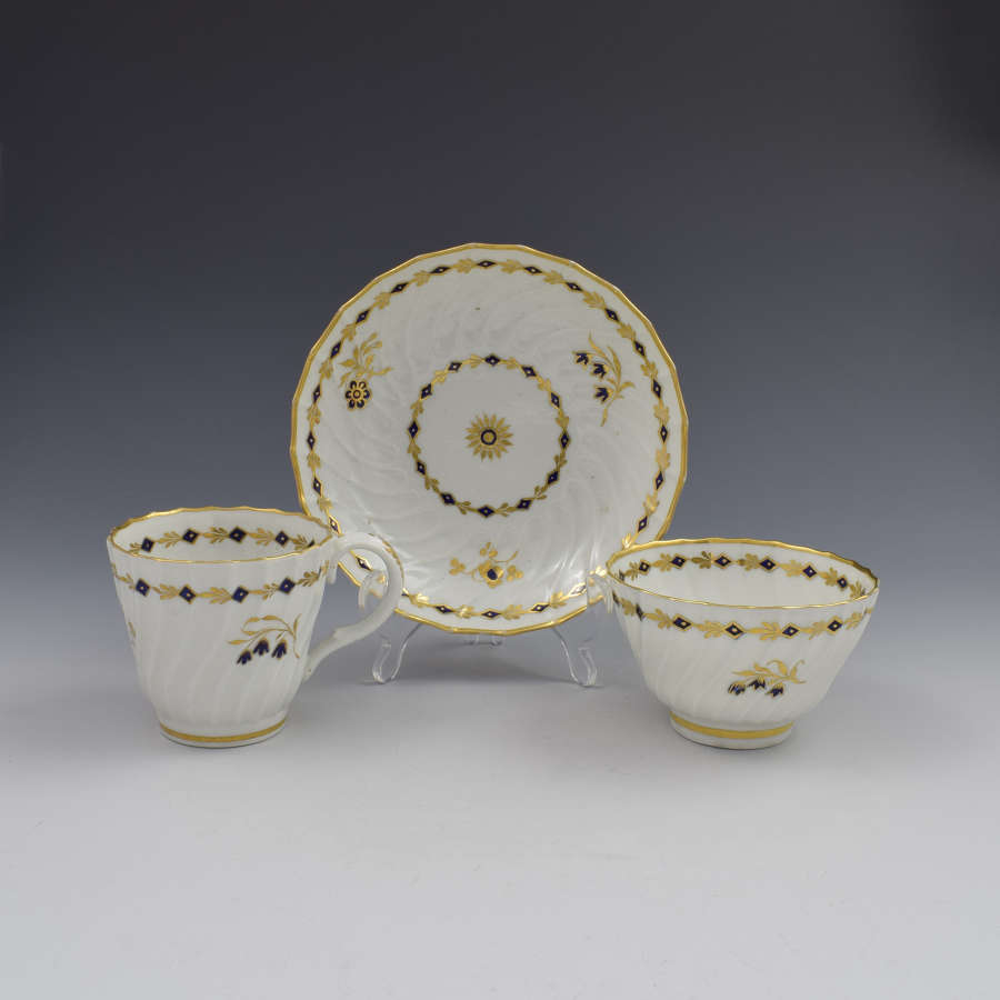 Flight Period Worcester Porcelain Spiral Fluted Trio
