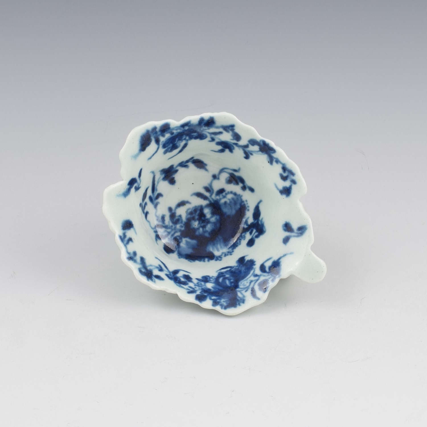 First Period Worcester Porcelain Mansfield Butterboat c.1758