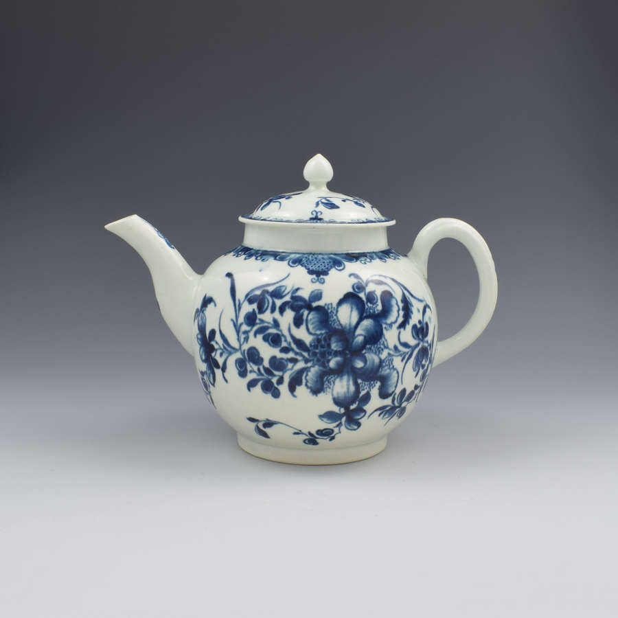 Large First Period Worcester Porcelain Mansfield Pattern Teapot c.1775