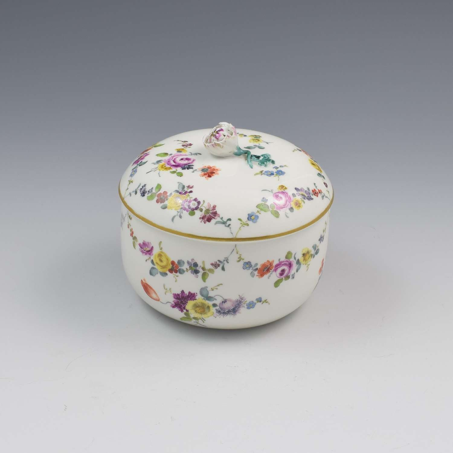 18th Century Meissen Porcelain Sugar Bowl & Cover c.1763-1774