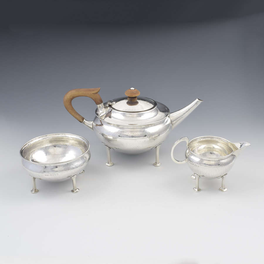 Stunning A. E. Jones Arts & Crafts Silver Tea Service (Albert Edward)