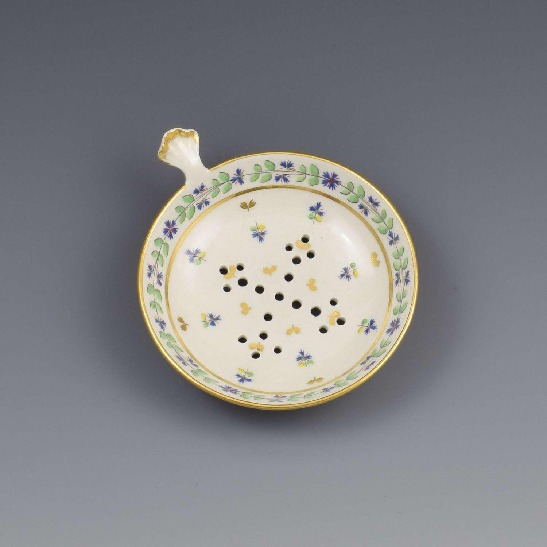 Rare Flight Period Worcester Porcelain Egg Drainer c.1790