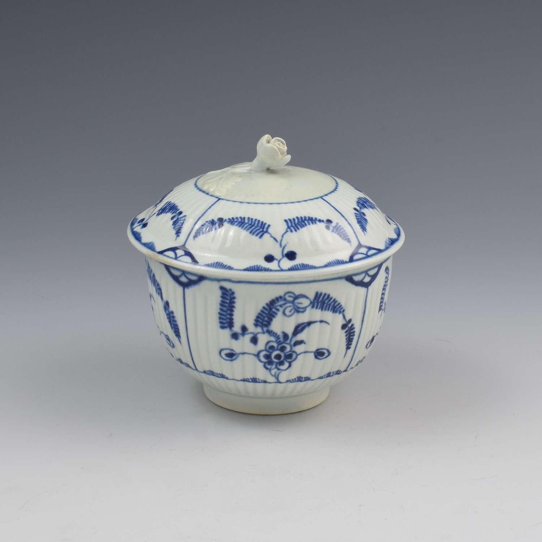 First Period Worcester Porcelain Sucrier Immortelle Pattern c.1775