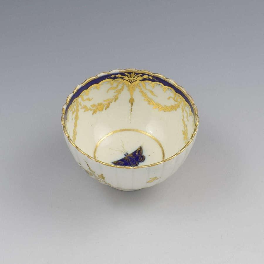 Caughley Porcelain Fluted Tea Bowl Dresden Flowers & Butterfly c.1785
