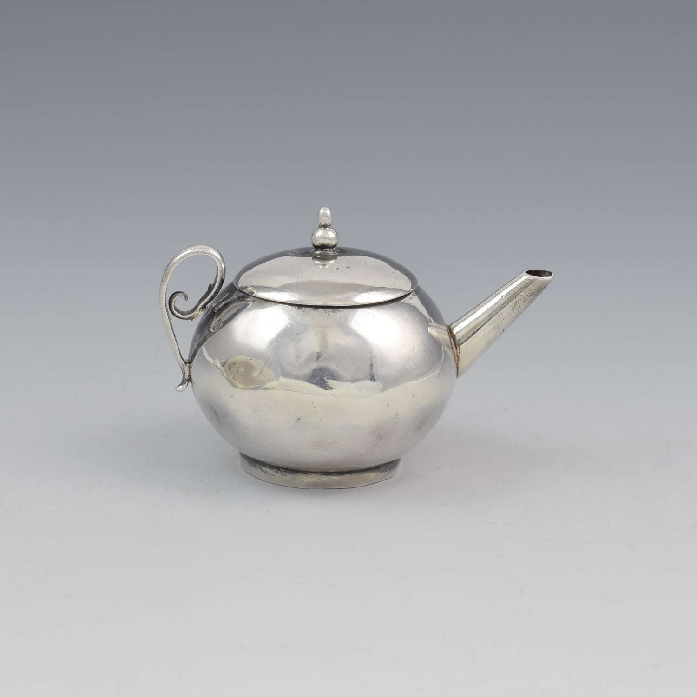 Rare George I Miniature Silver Toy Teapot David Clayton c.1725