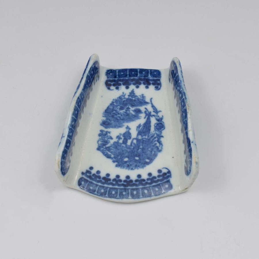Caughley Porcelain Asparagus Server Fisherman Pattern c.1785 1