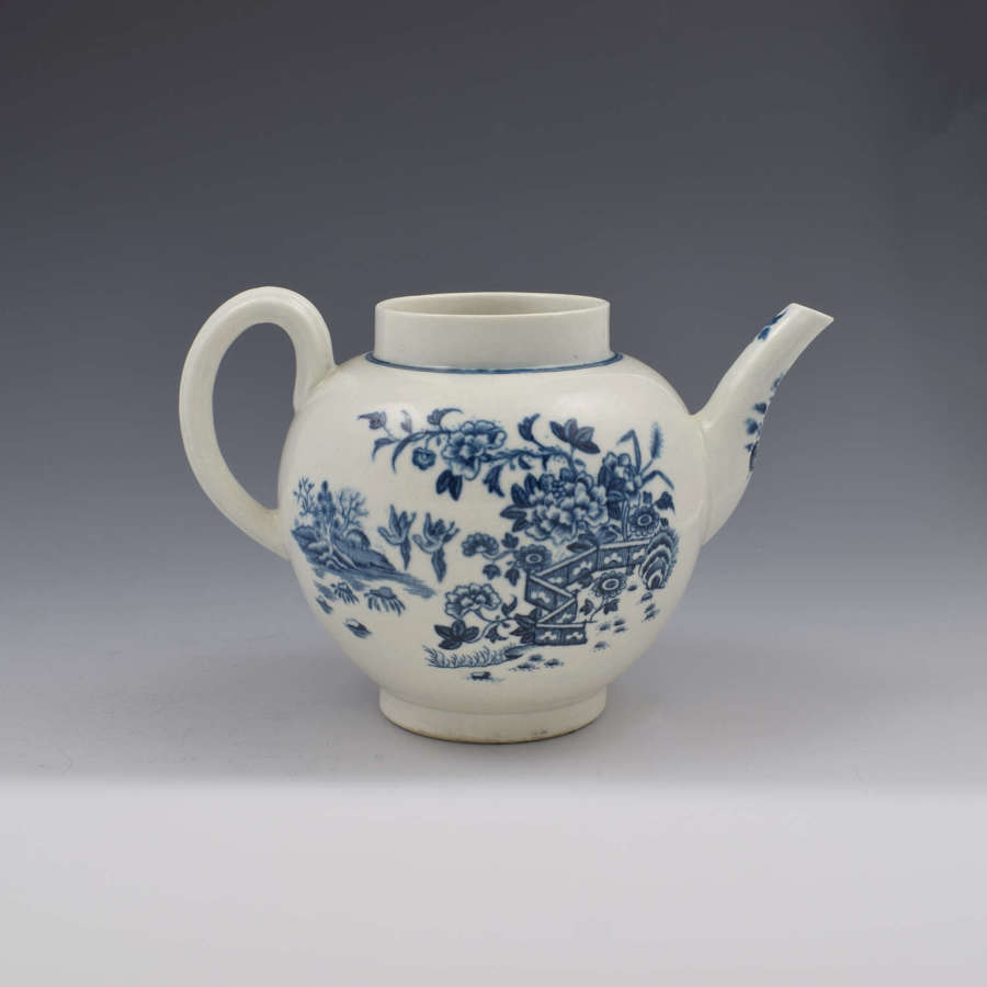 First Period Worcester Porcelain Fence Pattern Teapot c.1770